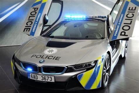 Lu Led Mobil Polisi desain mewah mobil polisi republik ceko curi perhatian