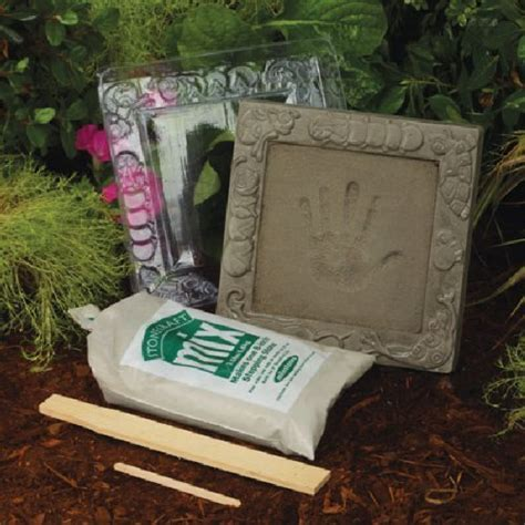 Midwest Products Kids Garden Handprint Stepping Stone Kit