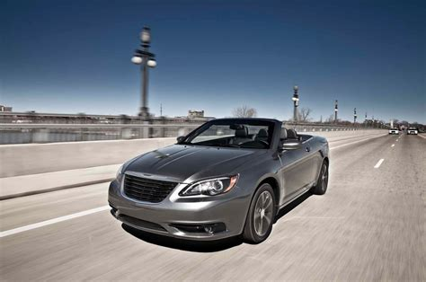 2013 Chrysler 200 S Review by 2013 Chrysler 200 Reviews And Rating Motor Trend