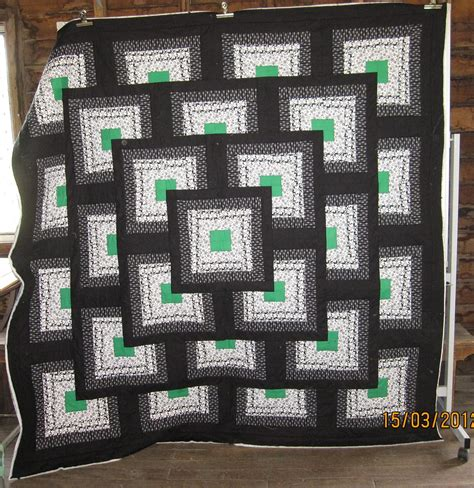 Thinking Outside The Box Quilt Free Pattern by A Few More Quot Logcabin 3d Quot