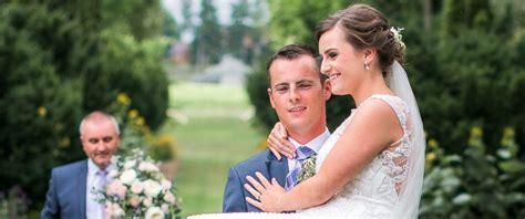Wedding Aisle Crash by Groom Carries The Aisle After Car
