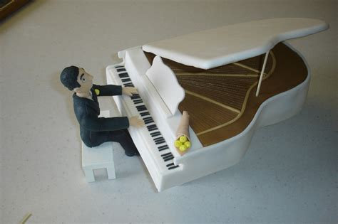 keyboard cake tutorial piano cake the cake process by brandi chavez