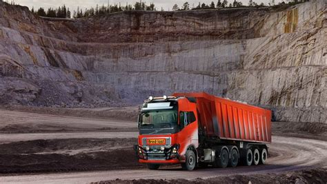 volvo trucks  autonomous transport solution  bronnoy kalk