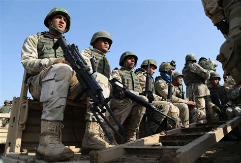 u s to send 200 more troops to beat in iraq ashton