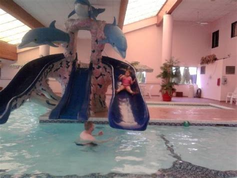 indoor pool and slides picture of chateau des ormes rennes large open lobby foto de grand marquis waterpark hotel