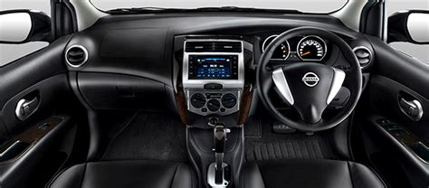 Tv Mobil X Gear harga nissan grand livina x gear dashboard