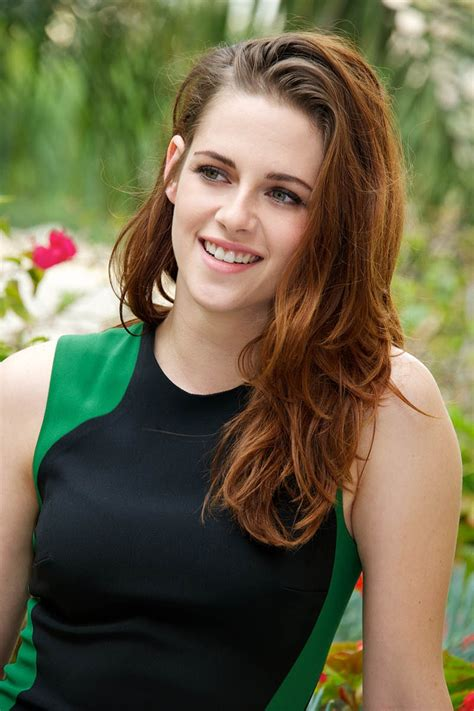 hollywood film twilight actress name kristen stewart hollywood famous actress hd wallpapers rocks