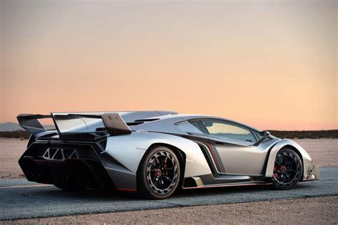 Lamborghini 4 5 Million Lamborghini Veneno Gets Title Of World S Most Expensive