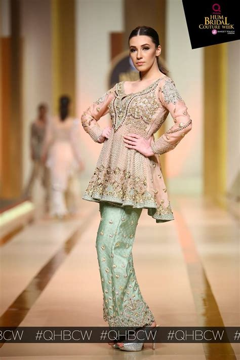 Dara Set By Ayesha qmobile hum bridal couture week 2017 bridal dresses collections day 2