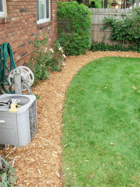 mulch bed edger mulch rock and bed edging rs lawn care landscaping