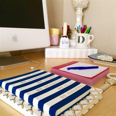 Preppy Desk Accessories 25 Best Ideas About Preppy Desk On Pinterest Desk Decor Desk Supplies And Desk
