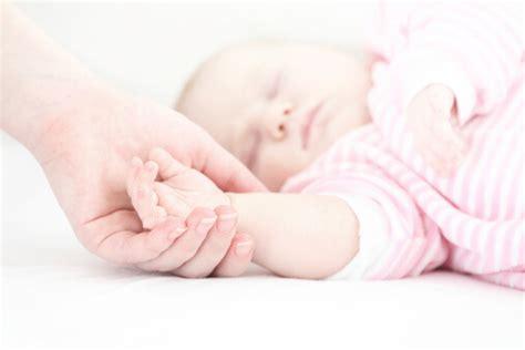 sids safe comforter safe bedding to help prevent sids drgreene com