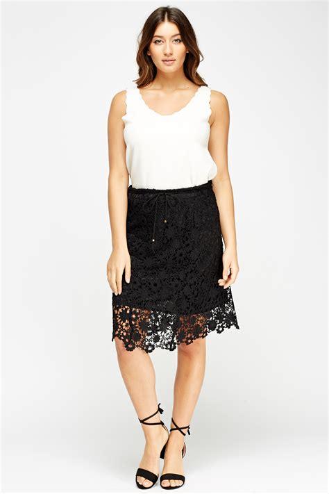 overlay midi skirt mesh overlay midi skirt black or white just 163 5