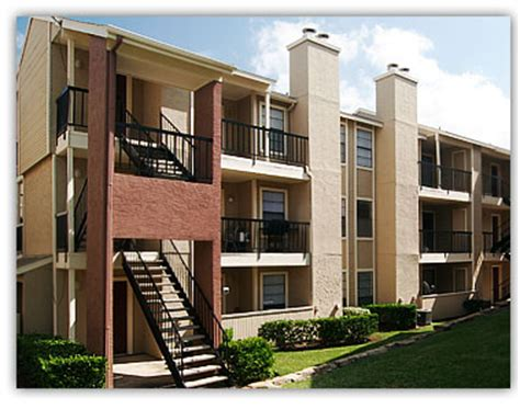 Apartment Owners Association Dallas Tx Apartment Managers Accused Of Discrimination Rentexas