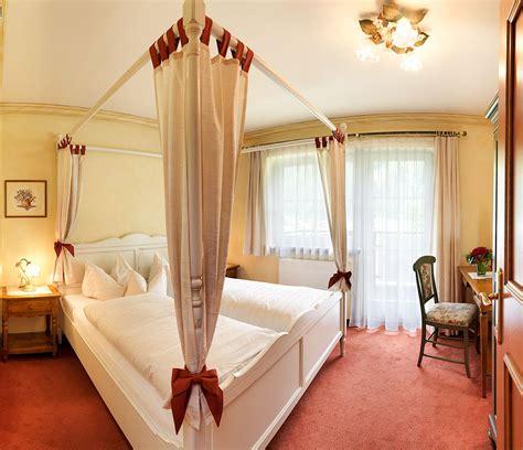 camere da letto con baldacchino con letto baldacchino images