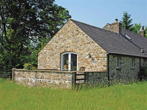 Upper Apartment Dog Friendly Cottage In Hope Valley Cottages In Peak District