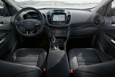 list  standard   features    ford escape