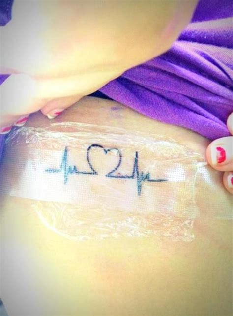 heartbeat line tattoo heartbeat ekg line this would cool to jovies