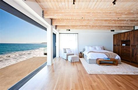 beach house bedroom celebrity malibu beach house sports the pacific for a
