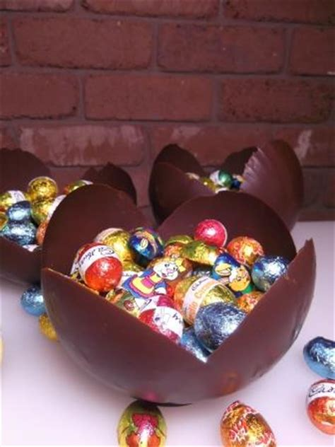 easter chocolate gifts easter gifts treat filled chocolate bowls the links site