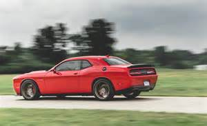2015 dodge challenger srt hellcat photo