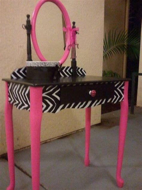 zebra vanity bench zebra print bedroom vanity myideasbedroom com