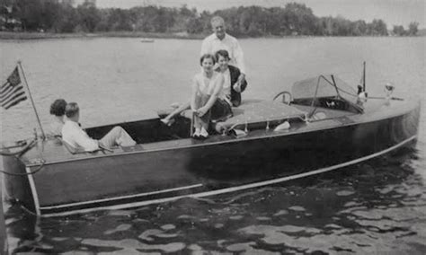 dream boat on netflix looking for your dream boat classic boats woody boater
