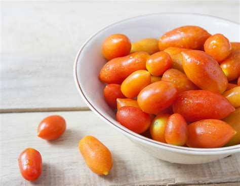 how to blanch tomatoes recipe by archana s kitchen