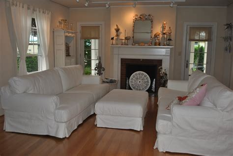 cottage style sofas and chairs rooms