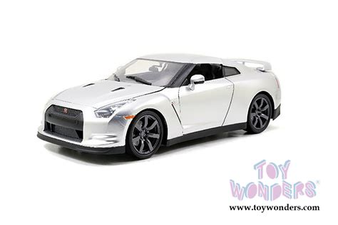97383 1 32 2009 Nissan Skyline Gt R R35 Fast And Furious Silver toys fast furious brian s nissan gt r top 97383 1 32 scale toys fast
