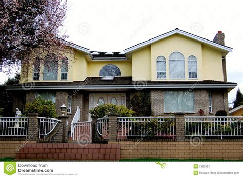 house with fence luxury house with fence stock photography image 2322822