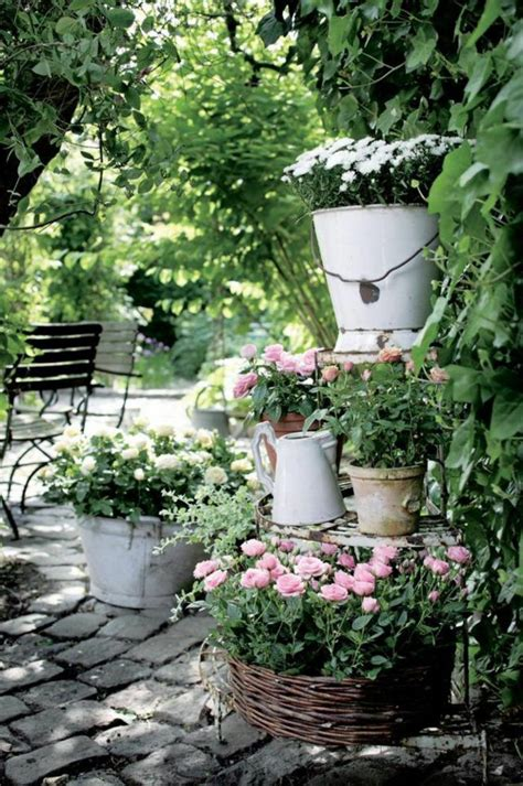 vintage garden ideas vintage deco can be the garden charming and feminine