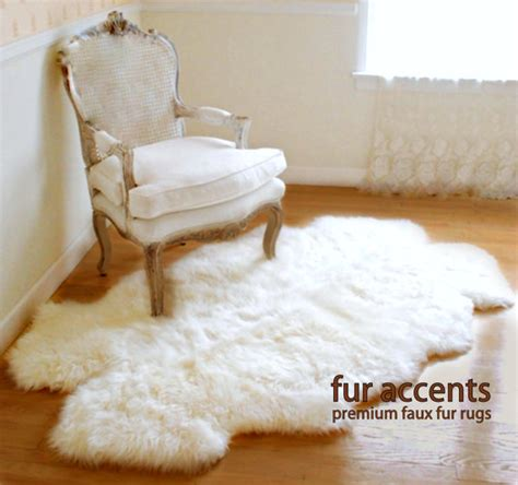 Faux Lambskin Rug Fourrure Accents Petit Prince Hors Zone Blanche Tapis