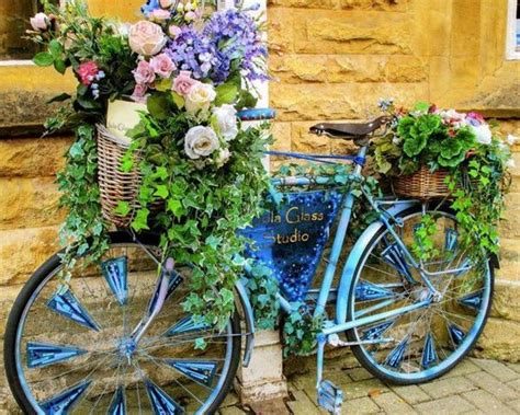 Bicycle Garden Planter by 18 Mind Blowing Bicycle Planter Ideas For Your Garden Or