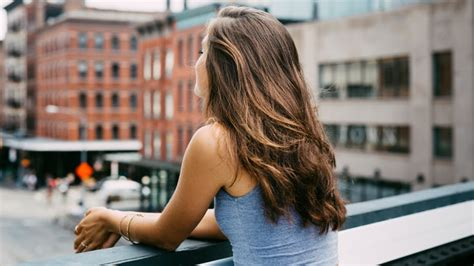 Get A Hair Makeover At Instylecom by The Best Hair Volumizing Products Instyle