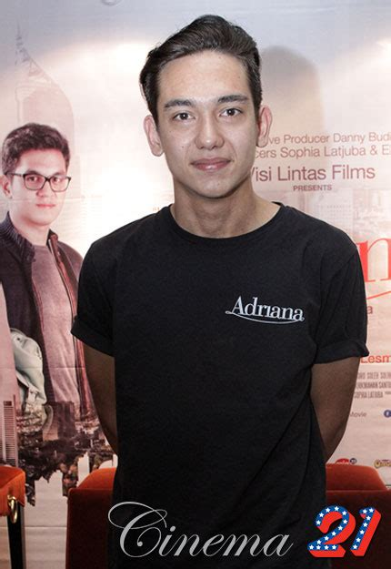 film movie adipati dolken adipati dolken cinema 21
