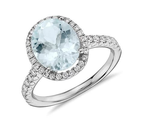 aquamarine and halo ring in 18k white gold 10x8mm
