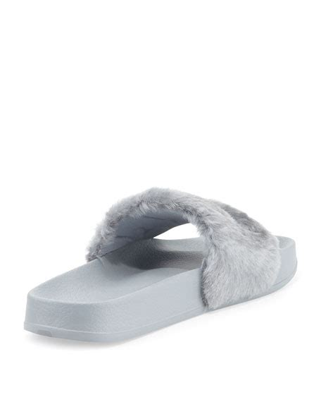 Sandal Wanita Fur Slide Fenty Original fenty by rihanna leadcat fenty faux fur slide sandal quarry silver