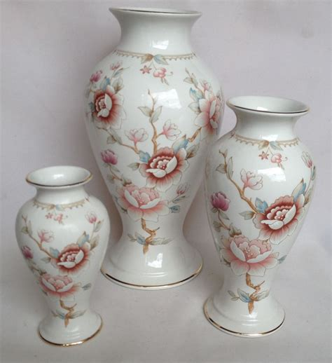 Marks And Spencer Vases by Nivag Collectables Marks And Spencer Claremont Claremont Vases X 3