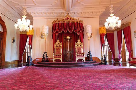Throne room iolani palace