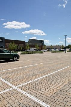 Chicagos Eco Shopping Mall Hippyshopper by 1000 Images About Commercial Projects Parking Lots On