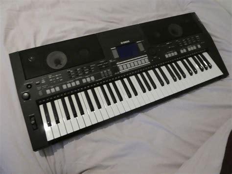 Keyboard Yamaha Psr S550 Bekas yamaha psr s550 ebay