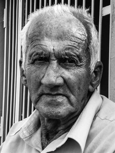 imagenes a blanco y negro de personas fotos gratis hombre persona en blanco y negro gente