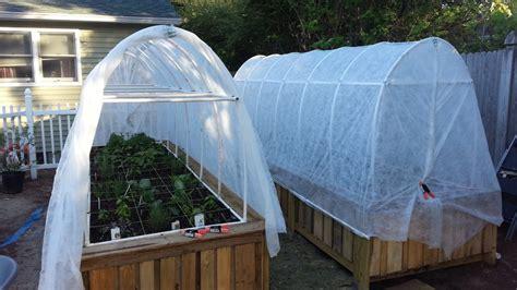 easiest ways  build  raised vegetable bed