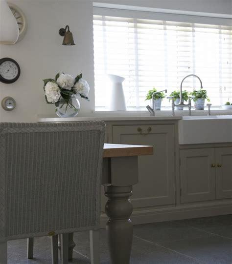 english cottage kitchen cabinets economical small cottage kitchen confidential classic english country kitchen