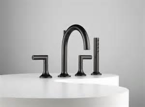robinet design pour la cuisine et la salle de bains noir