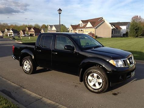 used 2012 nissan frontier sv crew cab 4wd 6speed manual for sale in edgewater park nj 08010 sell used 2012 nissan frontier sv crew cab pickup 4 door 4 0l in canfield ohio united states