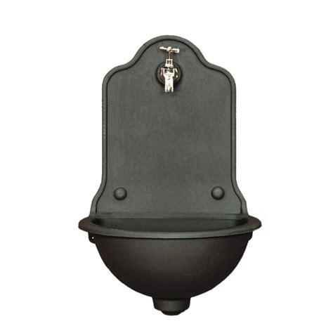 rubinetti per fontane esterne rubinetti per fontane esterne fontana in ghisa a parete