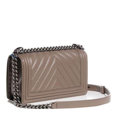 Ff Chanel Chevron Medium chanel calfskin chevron medium boy flap grey 95423