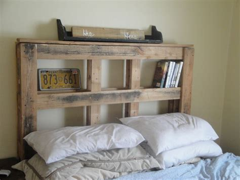 Wood Pallet Headboard Headboard From Wood Pallets Pallettes Pinterest